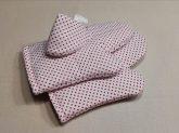 Piros pöttyös edényfogó kesztyű
