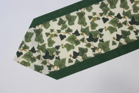 Zöld szélű borostyán mintás futó 35 cm X 140 cm