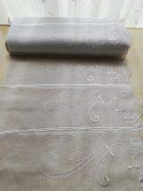 Fehér hímzett vitrázs 90 cm magas