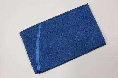 220 cm X 140 cm ovális textil asztalterítő