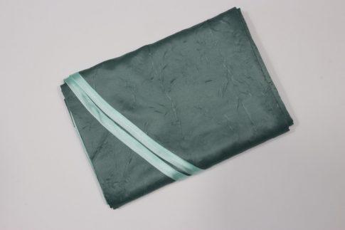 290 cm X 130 cm ovális textil asztalterítő