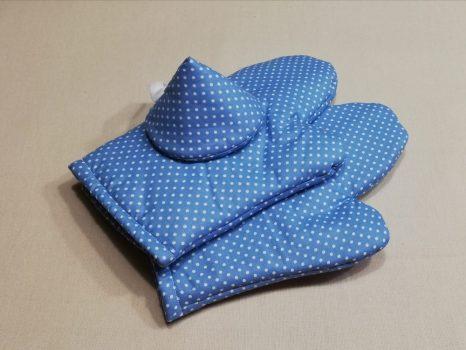 Piros tűpöttyös edényfogó kesztyű