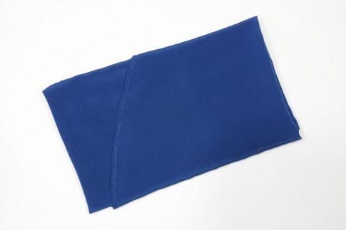 170 cm X 140 cm ovális textil asztalterítő