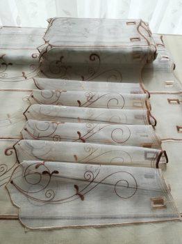 Barna hímzett vitrázs 45 cm magas  20% kedvezmény